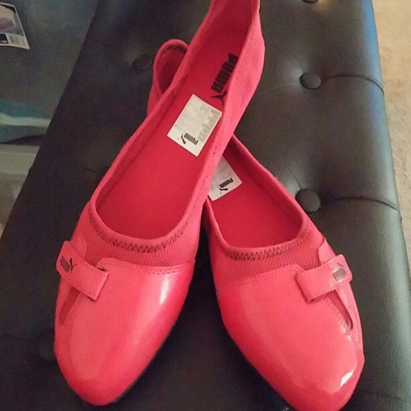 b08350448bf Puma Sabadella Ballet Flats