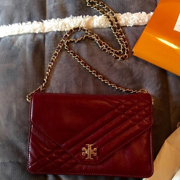 1446b453212f Tory Burch Bags   Kira Quilted Clutch Gold Chain   Poshmark