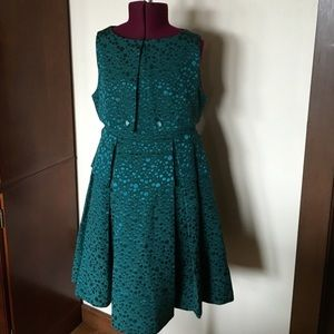 Anthropologie Dresses & Skirts - Tulle Anthropologie Green Dot Brocade Dress S