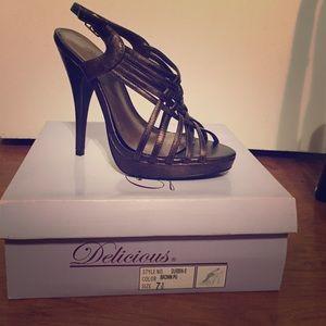 Brown Open Toe heel, Brand New, Never Been Worn.