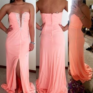 Hailey Logan Dresses & Skirts - GORGEOUS PROM DRESS