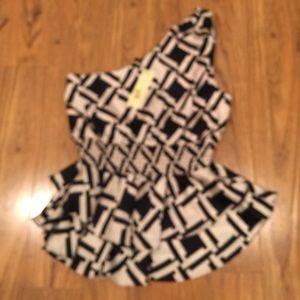 Sugarlips Tops - NWT Sugarlips Geo print blouse, Sz M. Retail $65
