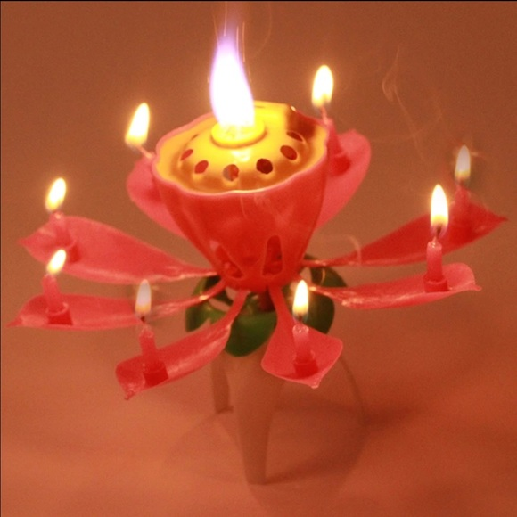 Rotating Musical Lotus Flower Birthday Candle