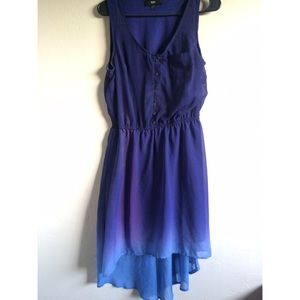 Dresses & Skirts - Blue ombre hi lo dress