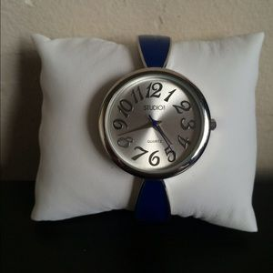 Jewelry - Blue studio watch
