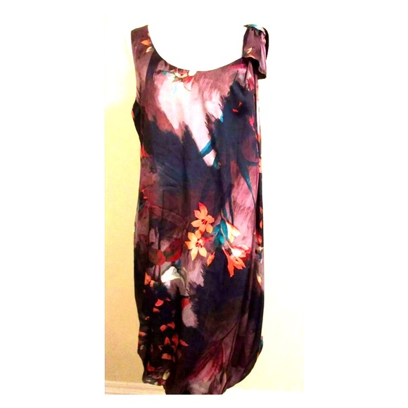 H&M Dresses & Skirts - H&M Bow Floral shoulder Dress purple black 10