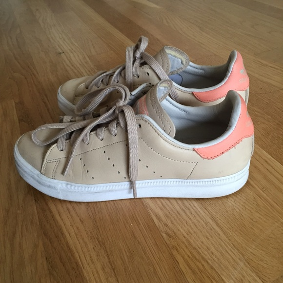 Adidas Stan Smith nude with pink labels