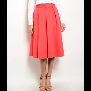 Lovely thick midi pleated skirt