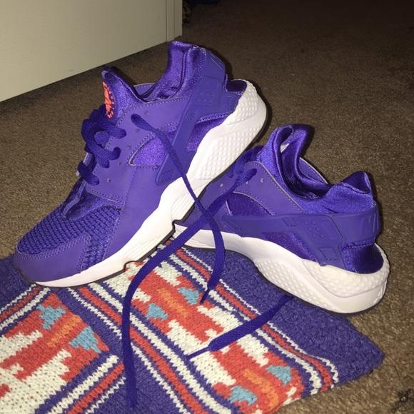 Purpleneon Orange Nike Huarache Run Euc