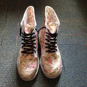 Shoes - Brand New Pink Floral Lace Up Combat Rain Boots