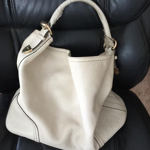 40f2c5a7a87a Gucci Handbags - Gucci cream colored handbag