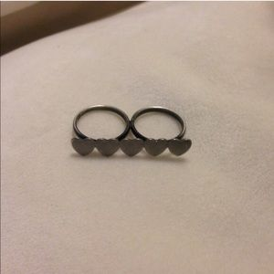 Hot Topic Jewelry - Double Finger Hearts Ring