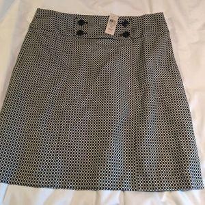 NWT Ann Taylor black & white pencil skirt