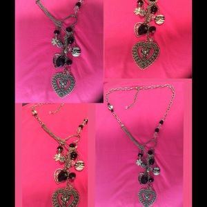 "Jewelry - BEAUTUFUL 18"" NECKLACE WITH BEADS AND HEARTS"