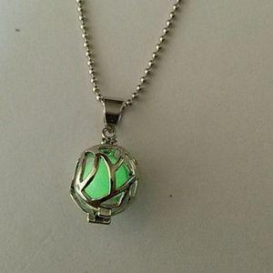 Jewelry - Glow in Dark Silvertone Ball Pendant