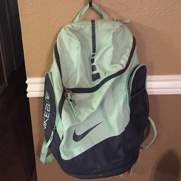 3c4e6f0dab Nike elite backpack (light mint green). M 569a99c7c28456229a005f59