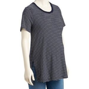 Old Navy Tops - NWT Old Navy Maternity Blue Stripe Tunic Tee M