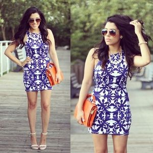 Dresses & Skirts - Blue & White Printed Dress