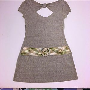 👚Short Sleeve Tunic with Built-in Belt