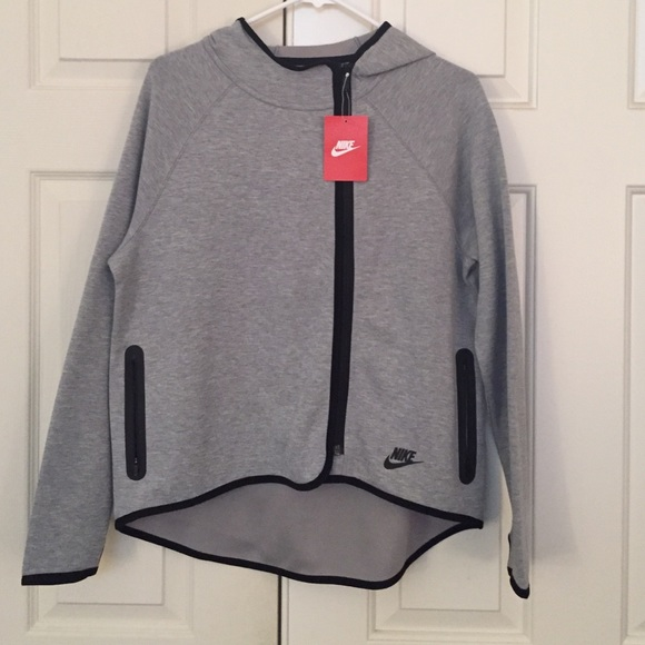 44% Off Nike Jackets U0026 Blazers - Nike Girls Tech Fleece Cape Hoodie Heather Grey XL From Bu0026#39;s ...