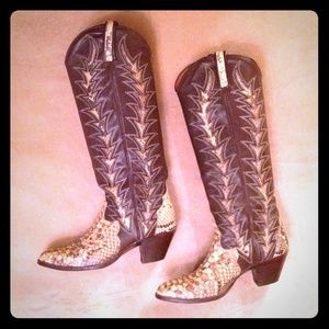 Dan Post Shoes - Rare Vintage Exotic Dan Post Python Cowboy Boots