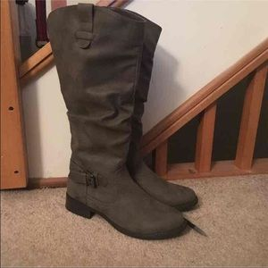 NWOT Taupe Suede Boots