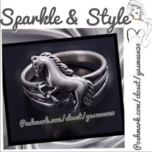 Antique silver horse rings 🌟NEW LISTING 🌟