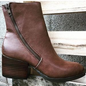 Volatile Shoes - Brown booties