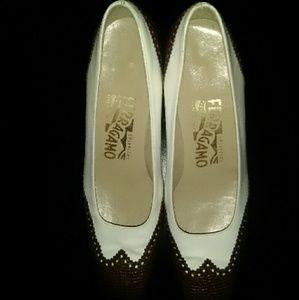 Ladies Ferragamo shoes
