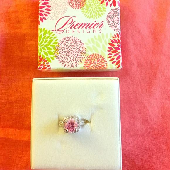Premier Designs Pink Ice Ring