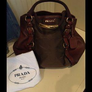 Prada Handbags - Spectacular AUTHENTIC PRADA saddle style handbag!