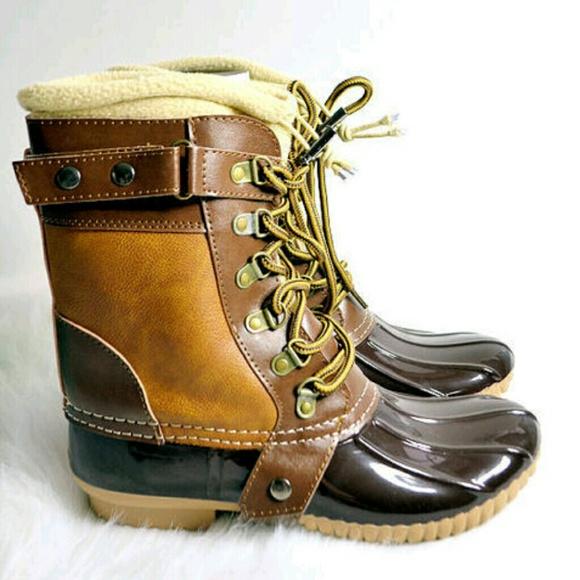 Size 6 Nib Waterproof Duck Bean Boots