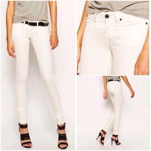 ASOS Pants - ‼️FLASH SALE‼️ASOS Noisy May White Skinny Pants