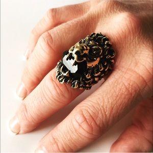 Gucci Jewelry Lion Head Ring With Swarovski Black