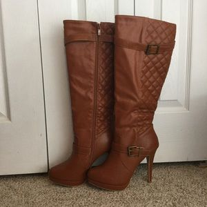 🌹 Heeled Boots 🌹