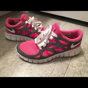 Nike News NIKE FREE RUN 2 CITY PACK Nike, Inc.