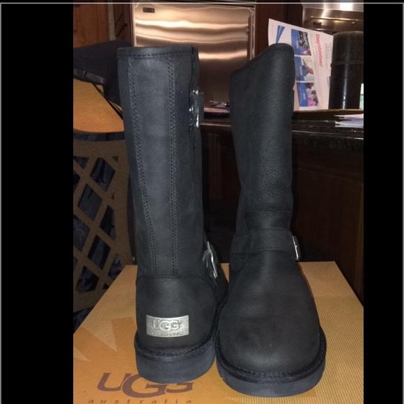 69d160616c0 Black Sutter Uggs Size 8