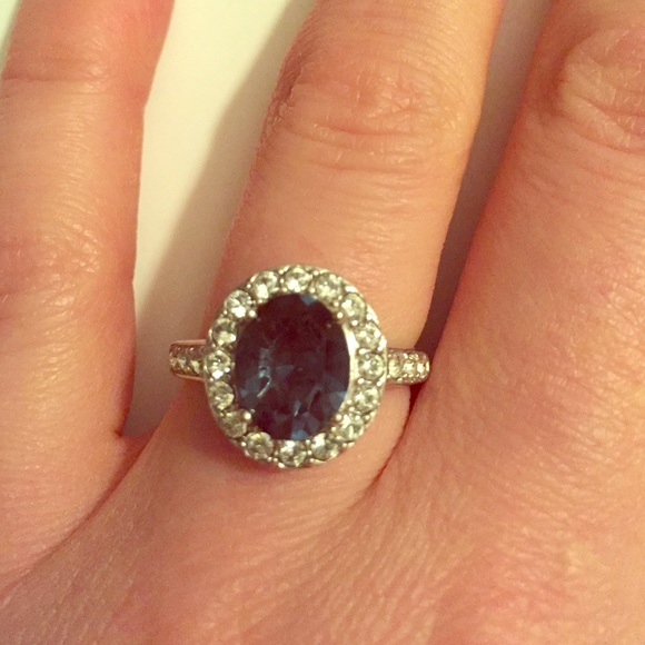 Jewelry - NWOT Princess Kate Ring