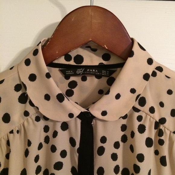Zara Tops - Zara Blouse with Velvet trim