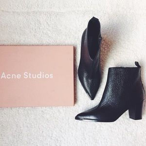 Acne Pointy Toe Loma Grained Leather Ankle Booties