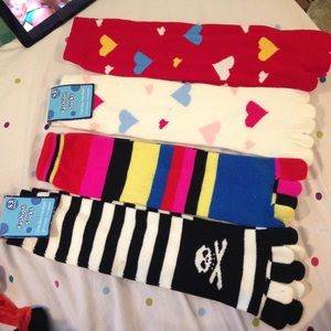 Accessories - Bundle of toe socks