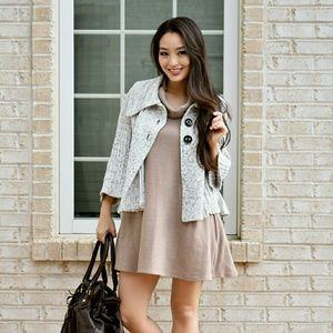 Dresses & Skirts - Sleeveless a line dress