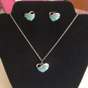 New white gold plated necklace set