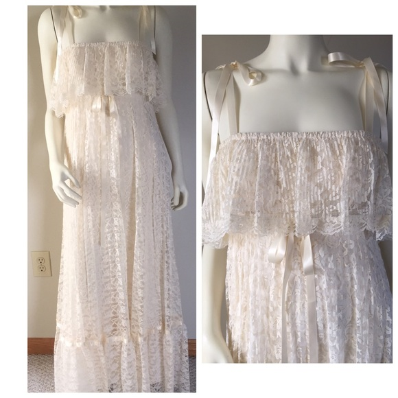 Vintage Wedding Dresses Utah: VINTAGE Ivory Accordion Pleated Lace