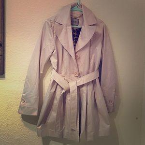Super cute coat!