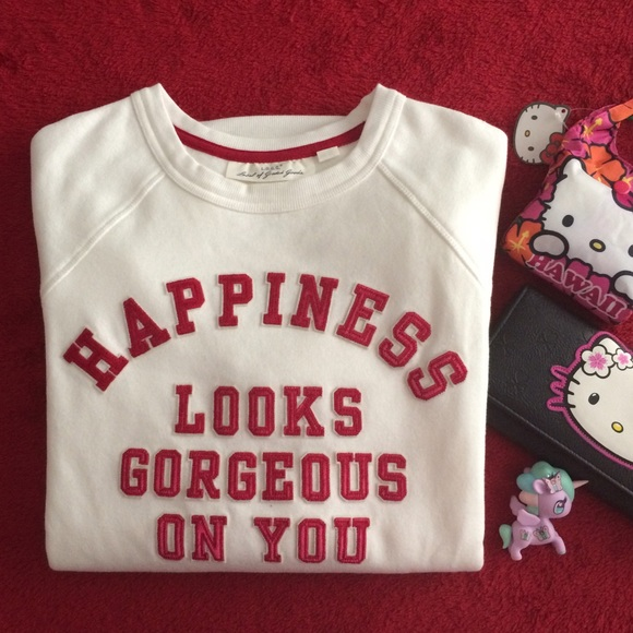 fdcf9a73b H&M Tops   Happiness Looks Gorgeous On You 2 Sizes Available   Poshmark