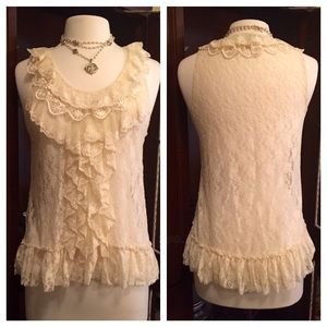 Forever 21 Tops - Forever 21 Lace Top