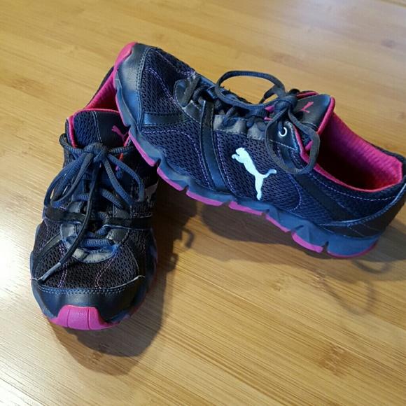 45314d31c2a0 ... Puma shoes size 8. M 569d7e95eaf03074c300c5d0