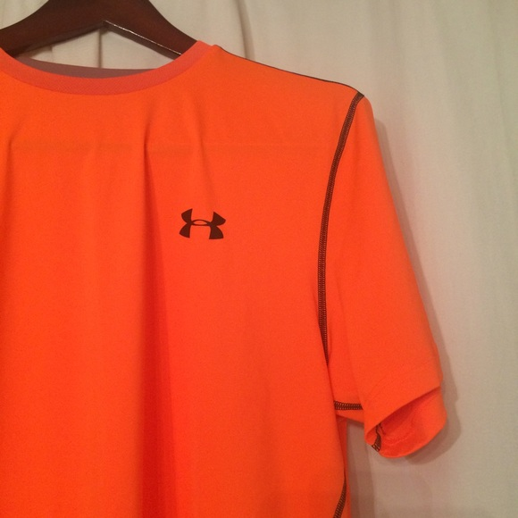 6ca1229d Men's Orange Under Armor Heat Gear - Running NWT