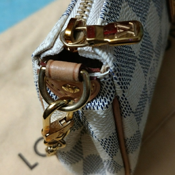 95b40c2b80 Louisvuitton Damier Azur Eva DU4059 sling bag.